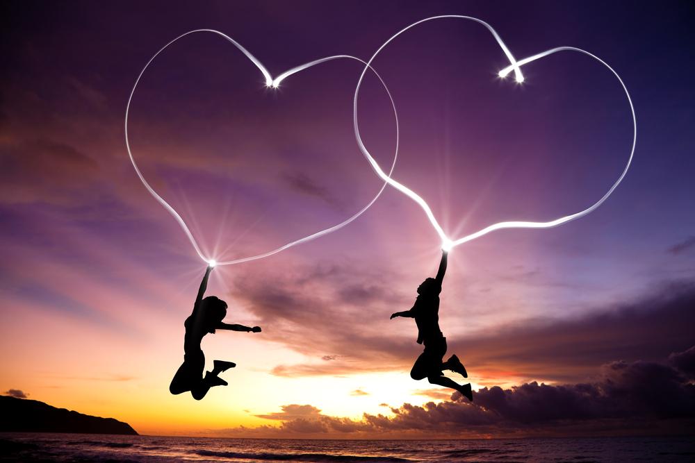 遠距離恋愛は長続きしない? 不安・不満が募り、お金と時間がかかる!